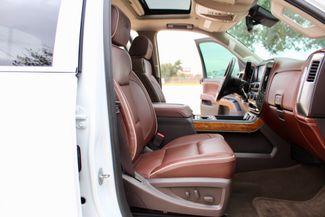 2015 Chevrolet Silverado 3500 HD DRW High Country Crew Cab 4X4 6.6L Duramax Diesel Allison Auto LOADED Sealy, Texas 49
