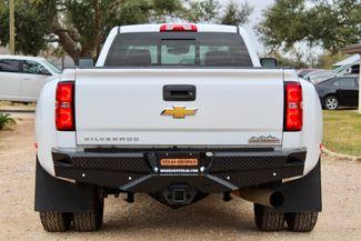 2015 Chevrolet Silverado 3500 HD DRW High Country Crew Cab 4X4 6.6L Duramax Diesel Allison Auto LOADED Sealy, Texas 9