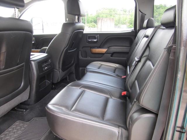 2015 Chevrolet Silverado 3500HD Built After Aug 14 LTZ St. Louis, Missouri 6