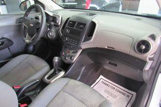 2015 Chevrolet Sonic LS Chicago, Illinois 10