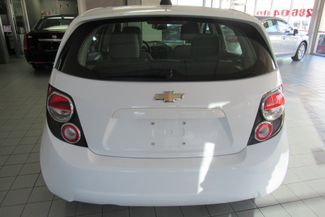2015 Chevrolet Sonic LS Chicago, Illinois 5