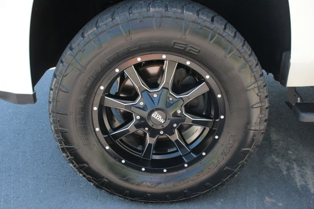 2015 Chevrolet Tahoe LT Mooresville , NC 39