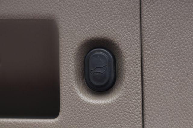 2015 Chevrolet Tahoe LTZ 4WD - NAV - REAR DVD - SUNROOF! Mooresville , NC 52