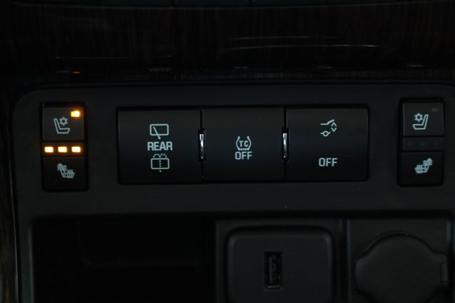 2015 Chevrolet Traverse LTZ AWD - HIT THE ROAD PKG - SUNROOFS! Mooresville , NC 38