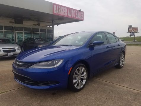 2015 Chrysler 200 S in , LA