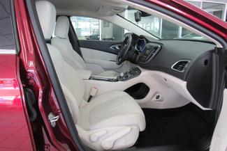 2015 Chrysler 200 Limited  W/ BACK UP CAM Chicago, Illinois 17