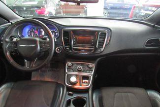 2015 Chrysler 200 S Chicago, Illinois 9