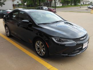 2015 Chrysler 200 S Clinton, Iowa 1