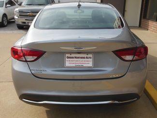 2015 Chrysler 200 Limited Clinton, Iowa 21