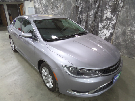 2015 Chrysler 200 Limited in , ND