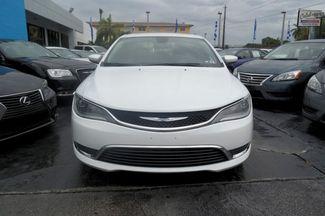 2015 Chrysler 200 Limited Hialeah, Florida 1