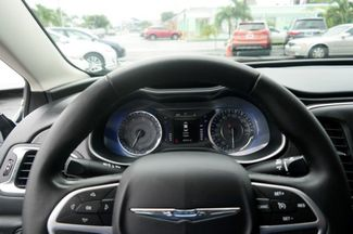 2015 Chrysler 200 Limited Hialeah, Florida 15