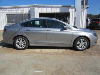 2015 Chrysler 200 Limited Houston, Mississippi 3