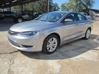 2015 Chrysler 200 Limited Houston, Mississippi