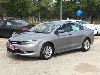 2015 Chrysler 200 Limited V6 | Irving, Texas | Auto USA in Irving Texas