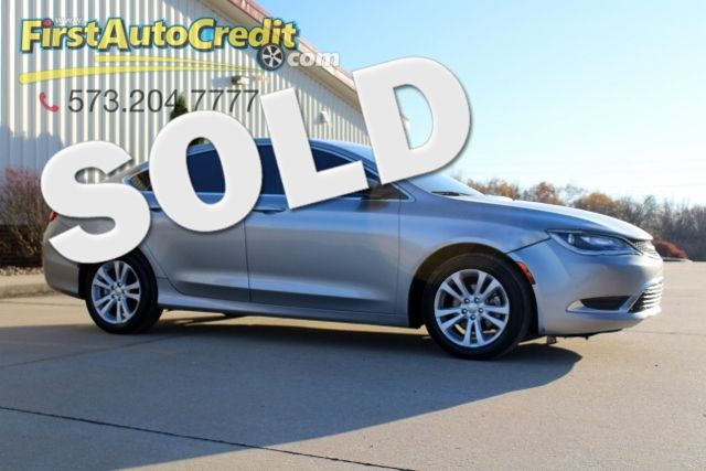 2015 Chrysler 200 Limited | Jackson , MO | First Auto Credit in Jackson  MO
