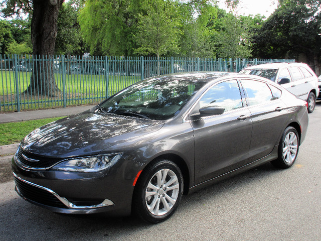 2015 Chrysler 200 Limited Come and visit us at oceanautosalescom for our expanded inventoryThis