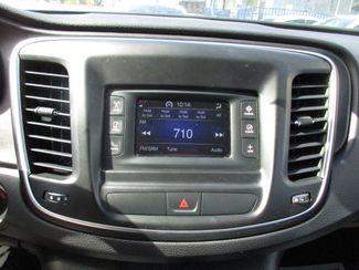 2015 Chrysler 200 S Miami, Florida 12