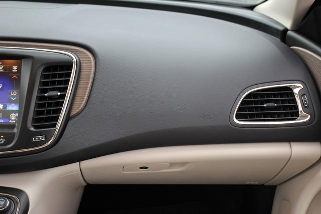 2015 Chrysler 200 C-AWD-NAV-PANOROOF!! Mooresville , NC 27