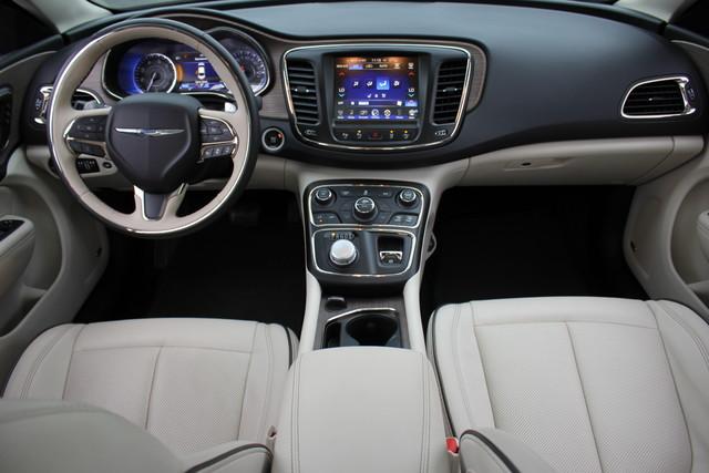 2015 Chrysler 200 C-AWD-NAV-PANOROOF!! Mooresville , NC 28