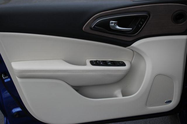 2015 Chrysler 200 C-AWD-NAV-PANOROOF!! Mooresville , NC 23