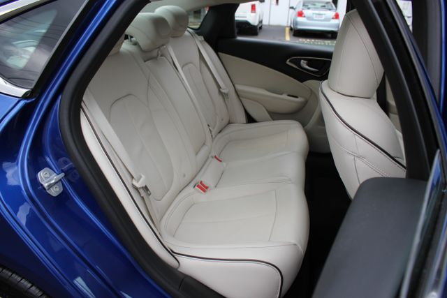 2015 Chrysler 200 C-AWD-NAV-PANOROOF!! Mooresville , NC 32