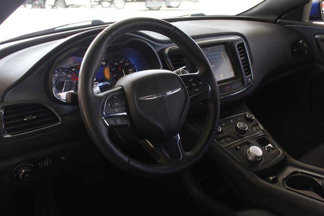 2015 Chrysler 200 S - COMFORT PKG - HEATED LEATHER! Mooresville , NC 28