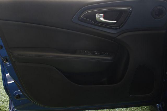 2015 Chrysler 200 S - COMFORT PKG - HEATED LEATHER! Mooresville , NC 34