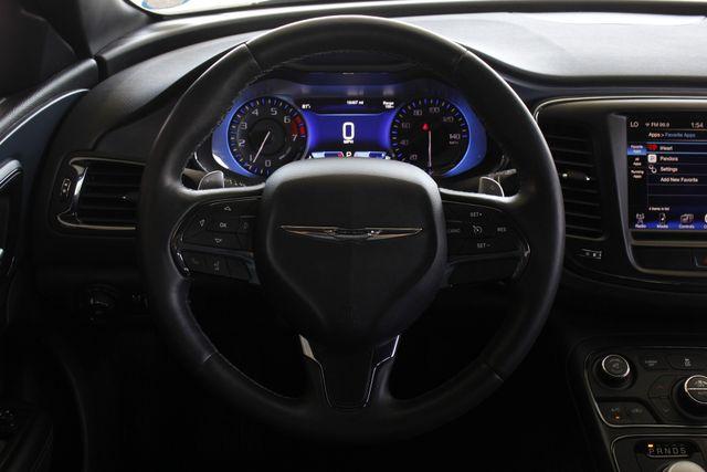2015 Chrysler 200 S - COMFORT PKG - HEATED LEATHER! Mooresville , NC 4