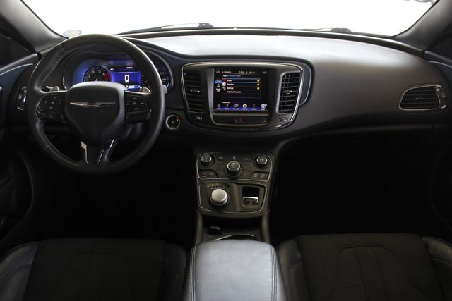 2015 Chrysler 200 S - COMFORT PKG - HEATED LEATHER! Mooresville , NC 27