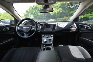 2015 Chrysler 200 Limited Naugatuck, Connecticut 12