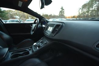 2015 Chrysler 200 S Naugatuck, Connecticut 8