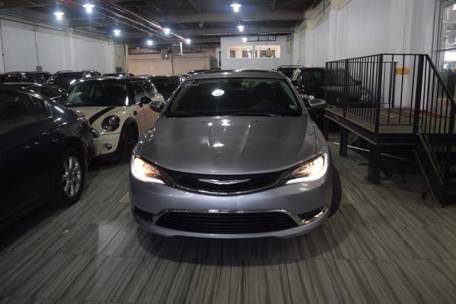 2015 Chrysler 200 Limited Richmond Hill, New York 2