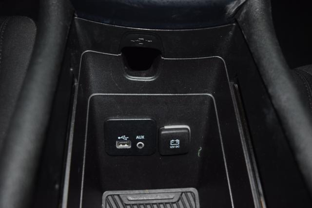 2015 Chrysler 200 Limited Richmond Hill, New York 9