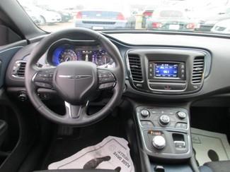2015 Chrysler 200 S in Shreveport, Louisiana