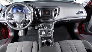 2015 Chrysler 200 Limited Virginia Beach, Virginia 13