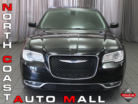 2015 Chrysler 300 Limited in Akron, OH