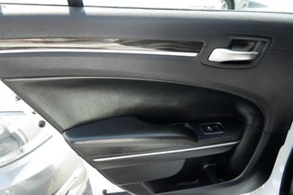 2015 Chrysler 300 Limited Hialeah, Florida 10