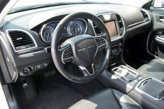 2015 Chrysler 300 Limited Hialeah, Florida 11