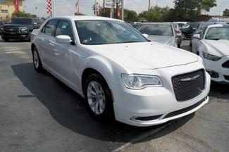 2015 Chrysler 300 Limited Hialeah, Florida 2