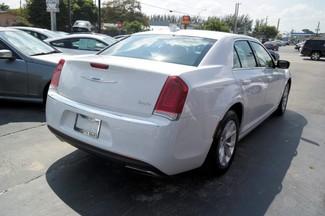 2015 Chrysler 300 Limited Hialeah, Florida 3
