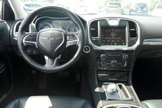 2015 Chrysler 300 Limited Hialeah, Florida 7