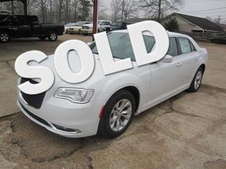2015 Chrysler 300 Limited Houston, Mississippi
