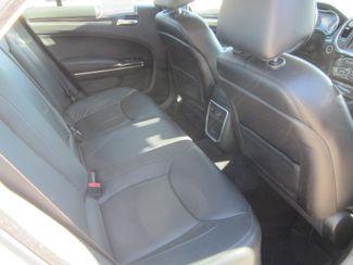 2015 Chrysler 300 Limited Houston, Mississippi 9