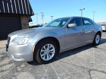 2015 Chrysler 300 Limited in