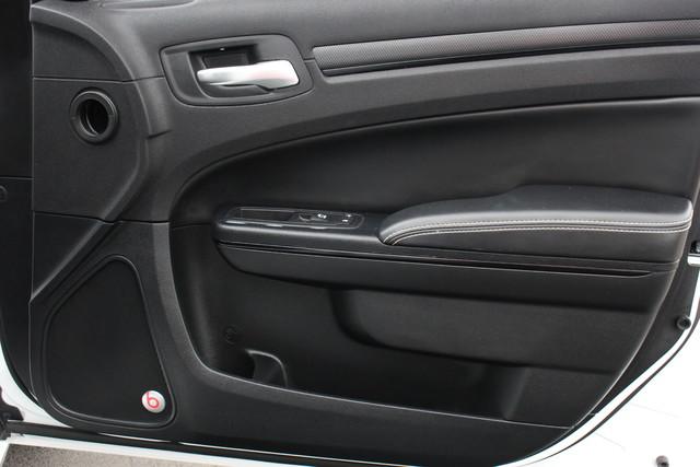 2015 Chrysler 300 300S Mooresville , NC 33