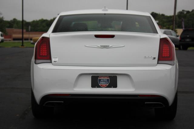 2015 Chrysler 300 300S Mooresville , NC 5