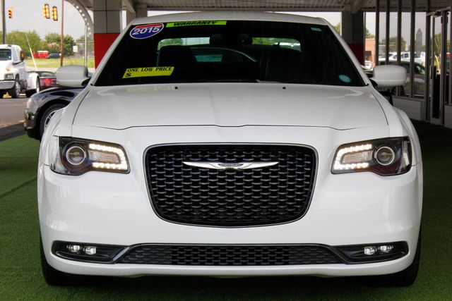 2015 Chrysler 300 300S - RWD - NAVIGATION - HEATED LEATHER! Mooresville , NC 16