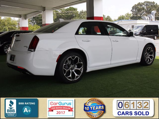 2015 Chrysler 300 300S - RWD - NAVIGATION - HEATED LEATHER! Mooresville , NC 2