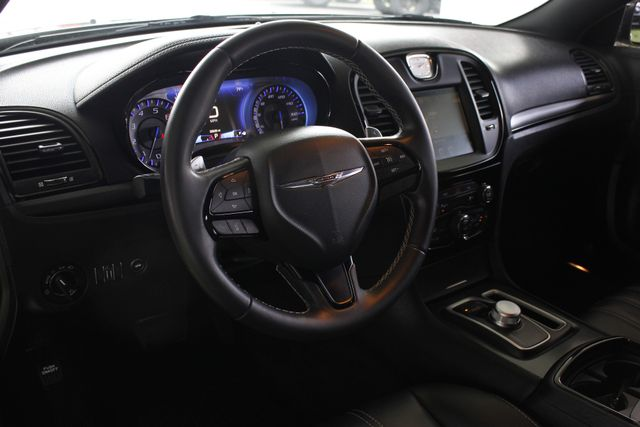 2015 Chrysler 300 300S PREMIUM EDITION RWD -NAVIGATION! Mooresville , NC 30